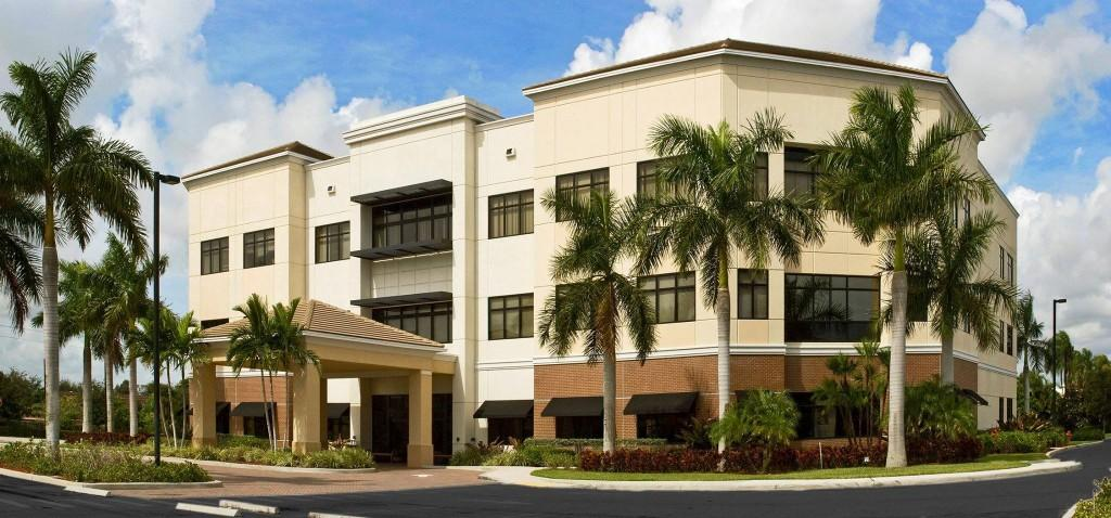 lake worth medical center